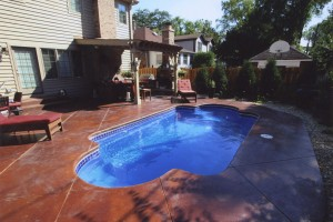 Signature Pools - Roman 23 in Australian Blue color in Elmhurst, IL