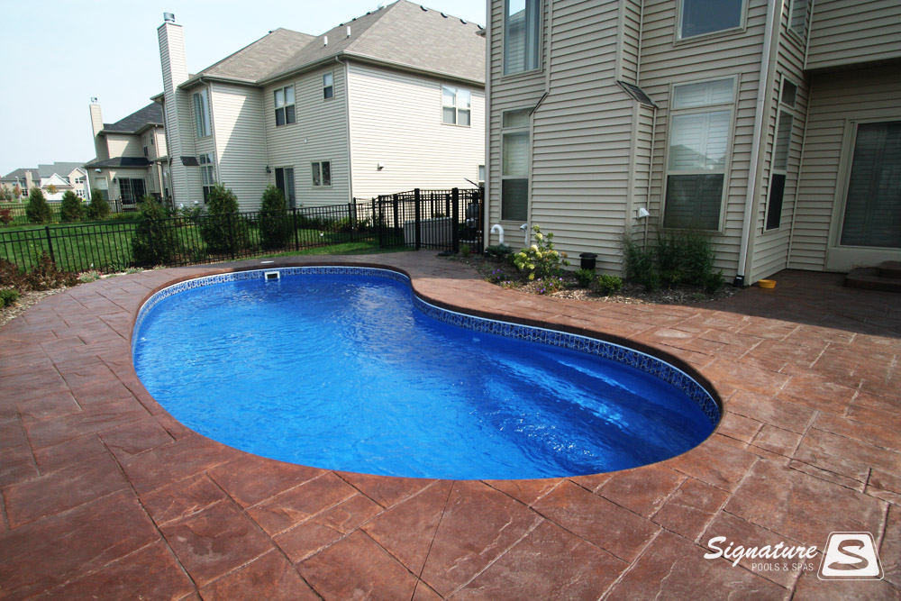 Fiberglass Pool Pictures From Signature Pools Signature Fiberglass Pools Chicago Swimming Pool