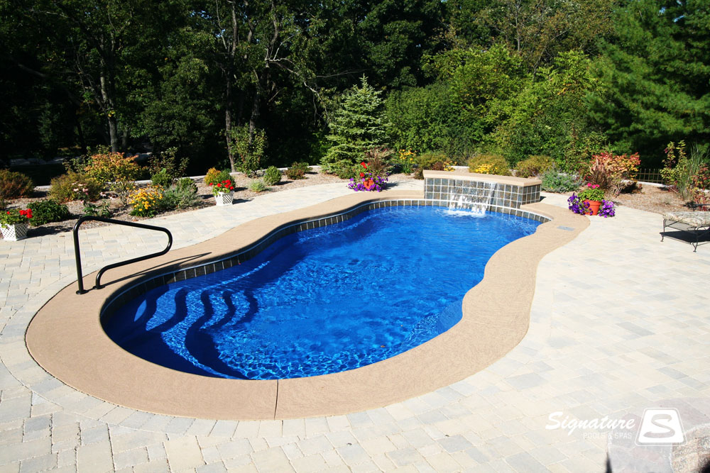 Leisure Pools Riviera Style Fiberglass Pool Signature