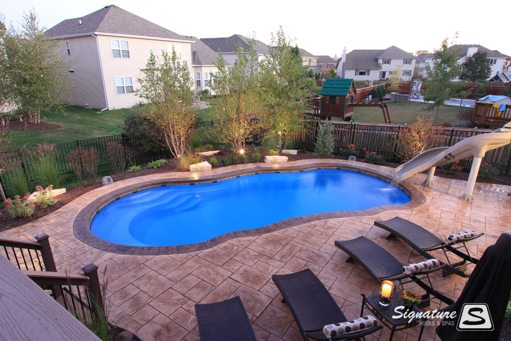 Leisure Pools Riviera Style Fiberglass Pool Signature Fiberglass Pools Chicago Swimming Pool