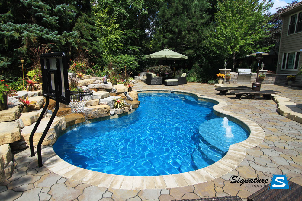 Gemini Model Pool From Trilogy Pools Signature Fiberglass Pools Chicago Swimming Pool Builder