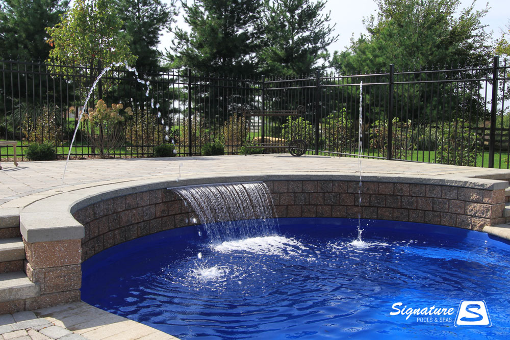 Water Feature Picture Gallery Signature Fiberglass Pools Chicago Swimming Pool Builder Illinois