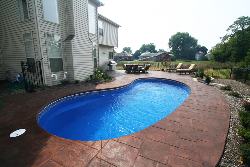 Pool Builder Recommendations And Reviews In Illinois Signature Fiberglass Pools Chicago