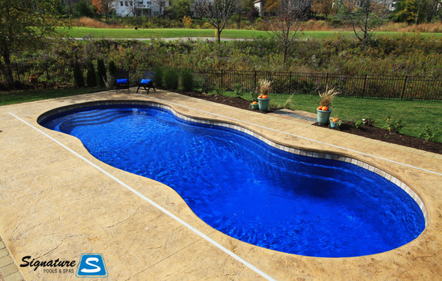 Grand Riviera Model Pool in Geneva Illinois - Leisure Pools